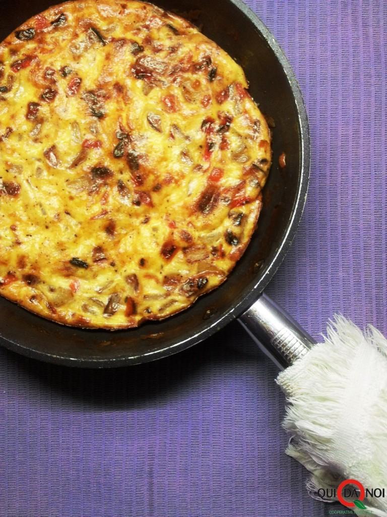 Frittata al forno di patate, peperoni e scamorza affumicata_Paola Uberti_IMG1 (1)