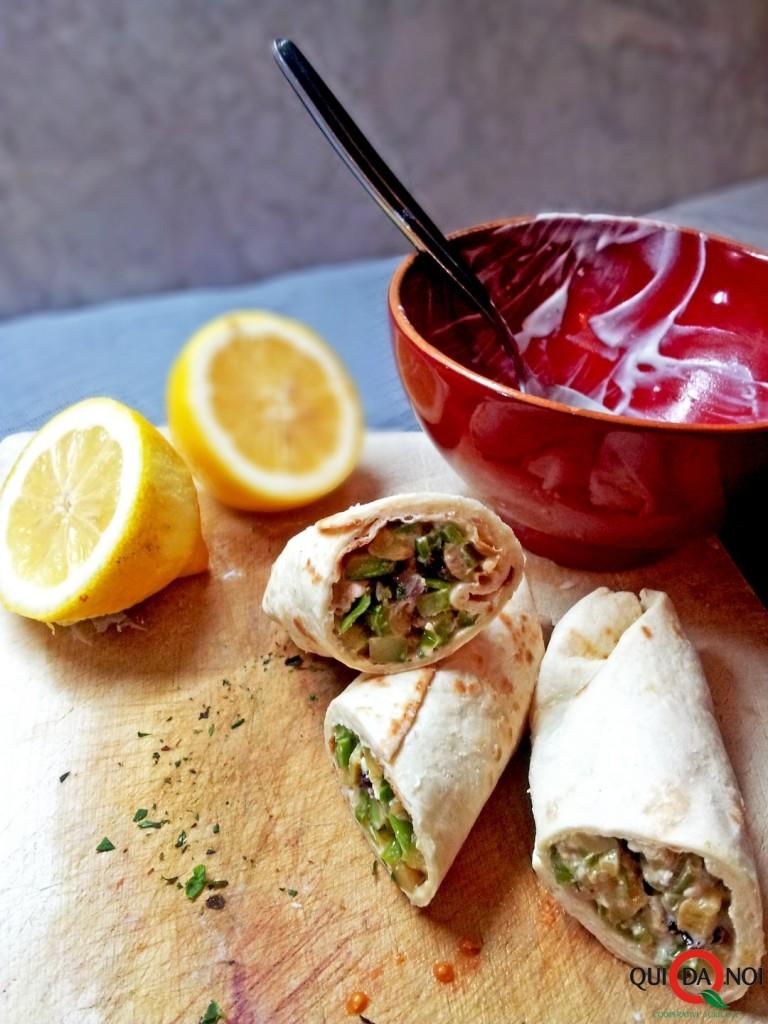 Wrap di zucchine e friggitelli con feta, menta e limone_Paola Uberti_IMG1