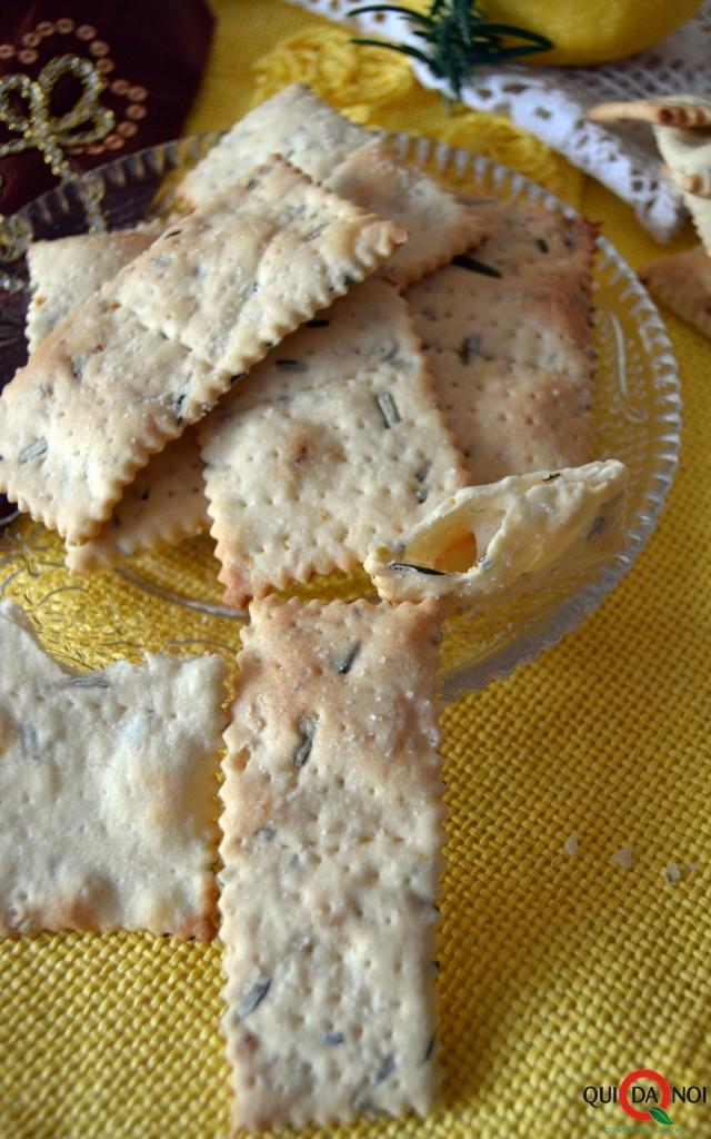 crackers limone e rosmarino 2 foto (2)