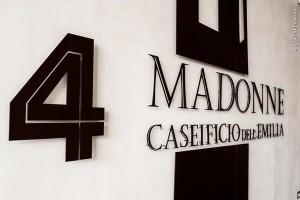 caseificio4madonne_insegna_28