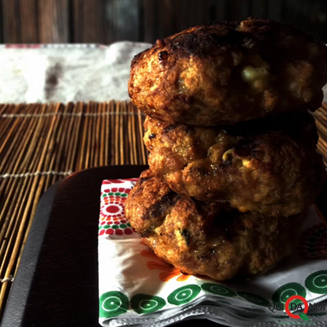 Minihamburger di pollo con feta_Paola Uberti