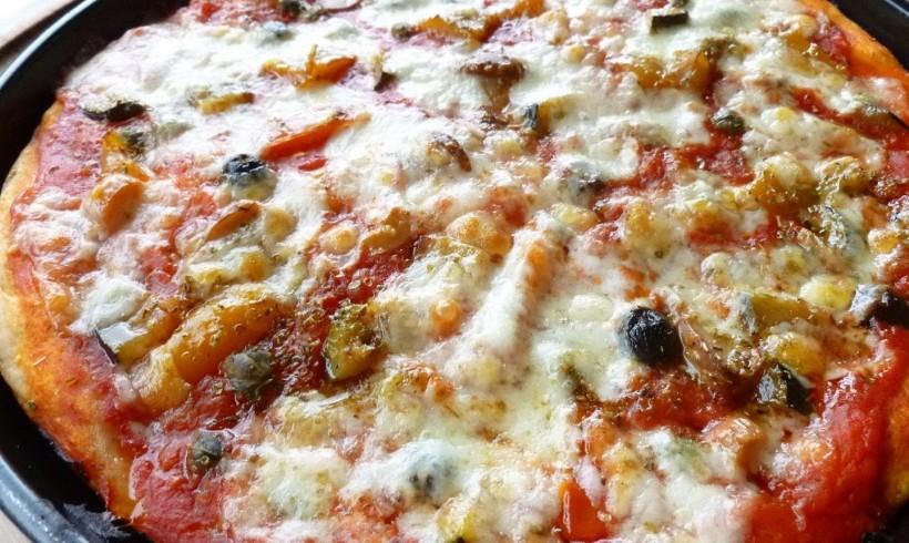 PIZZA ALLE VERDURE E DATTERINI