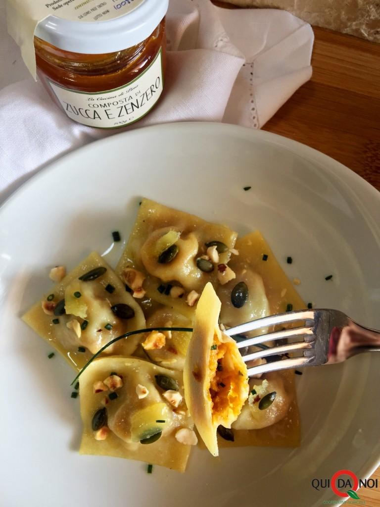 ravioli-composta-nocciole-parmigiano-semi-zenzero_Uberti2