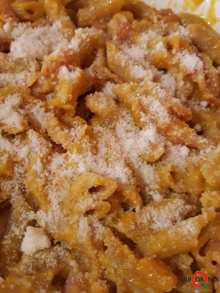 foto 4 pasta zucca e pancetta OK
