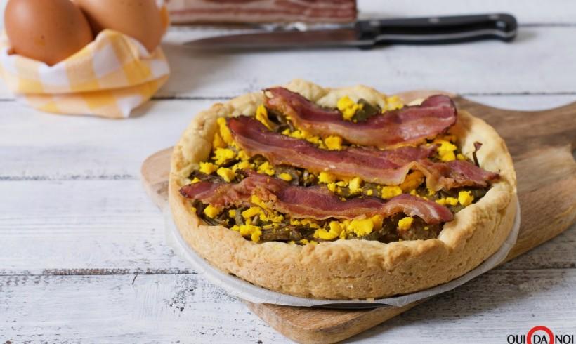 Crostata ai carciofi con uova e bacon