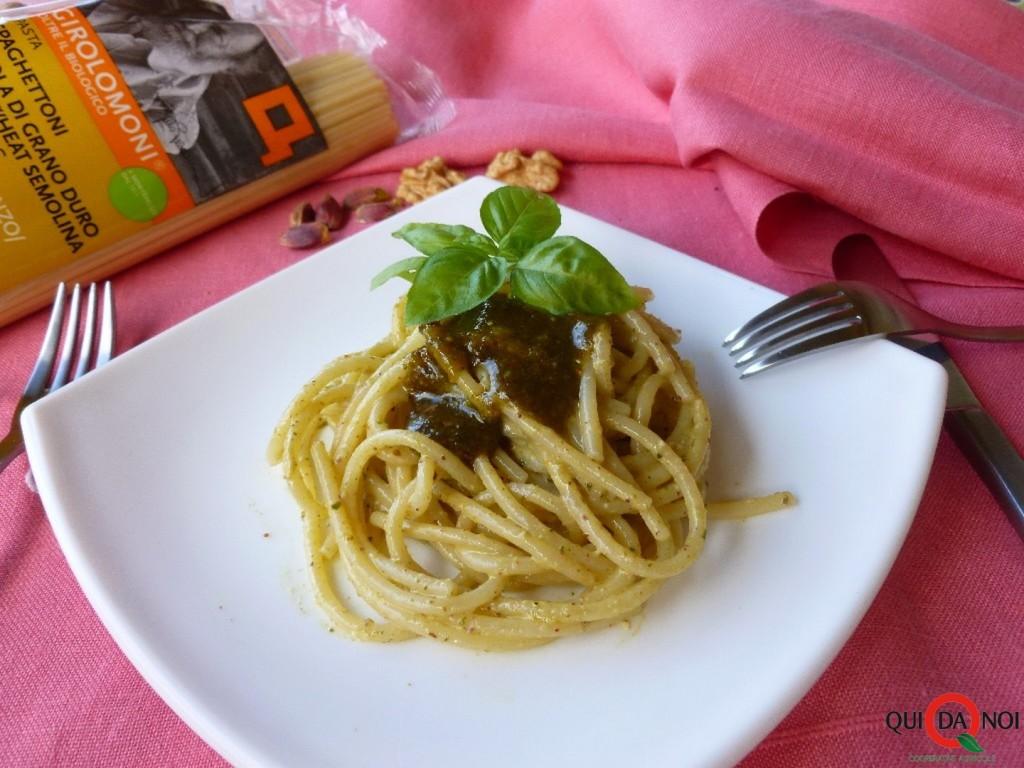 Spaghettoni Girolomoni e pesto di pistacchi - Grassi