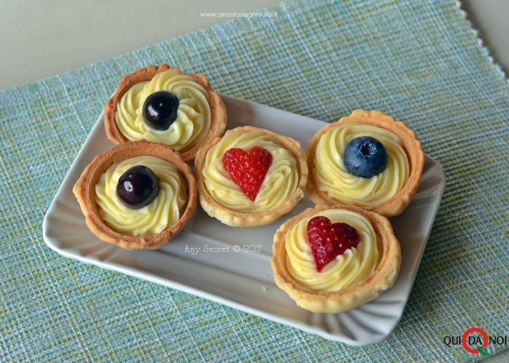 tertellette di frutta con crema pasticcera