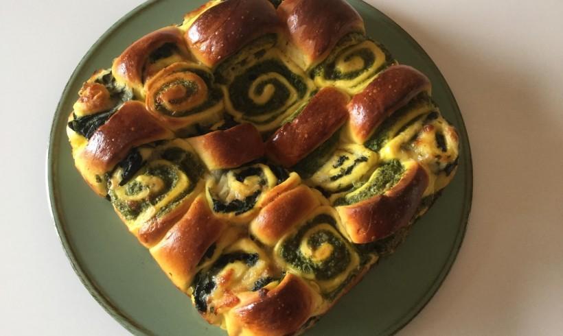 Torta a scacchiera con ricotta, spinaci e zafferano di Navelli