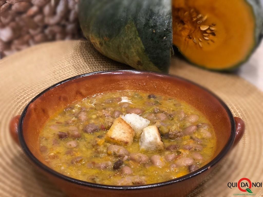 zuppa di zucca con borlotti e salsiccia_fernanda demuru (4)