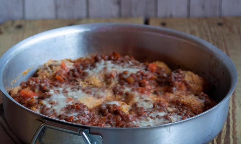 Polpette di polenta con ragù di lenticchie