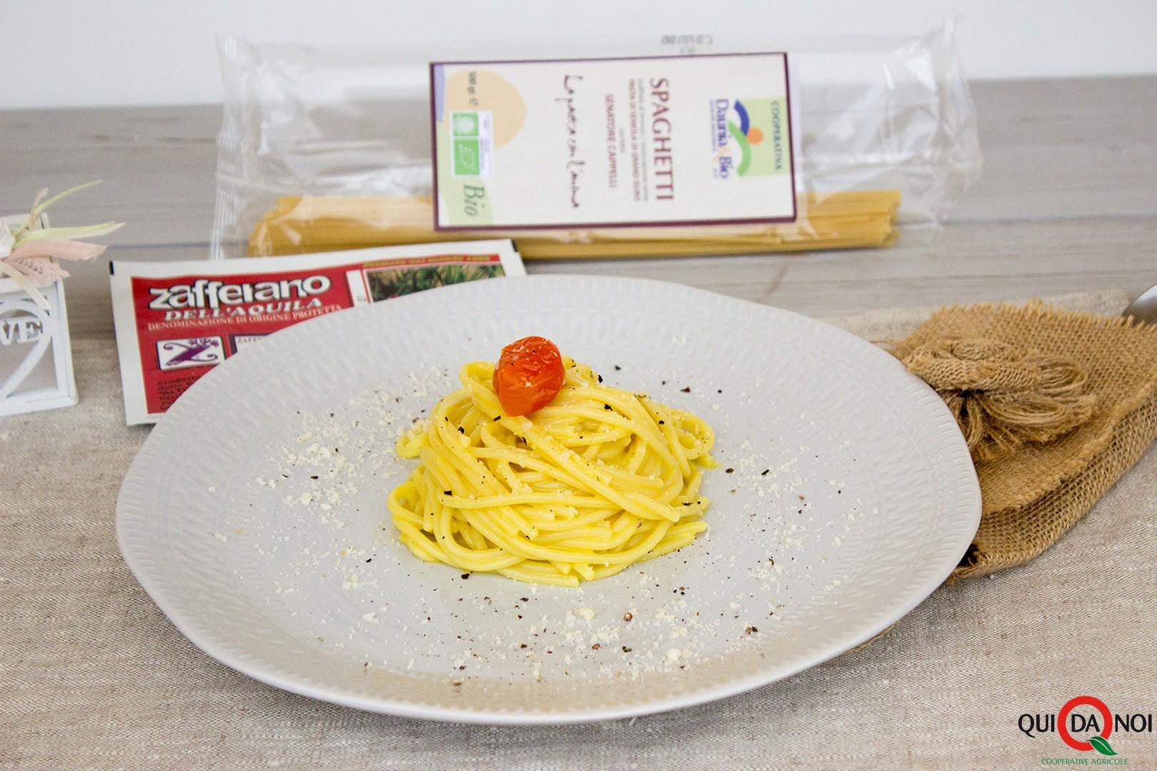Spaghetti cacio pepe e zafferano_pasquale (2)