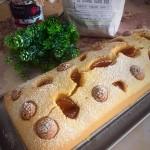 Plumcake di farina di semola con amaretti e kumquat