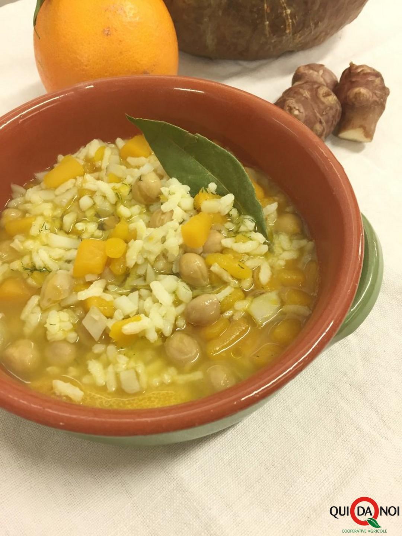 Zuppa con riso, ceci e olio agli agrumi - Micaela Ferri