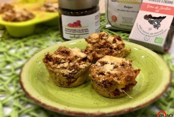 Muffin salati con bulgur e ciliegini secchi