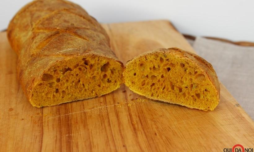 Pane alla curcuma e finocchietto