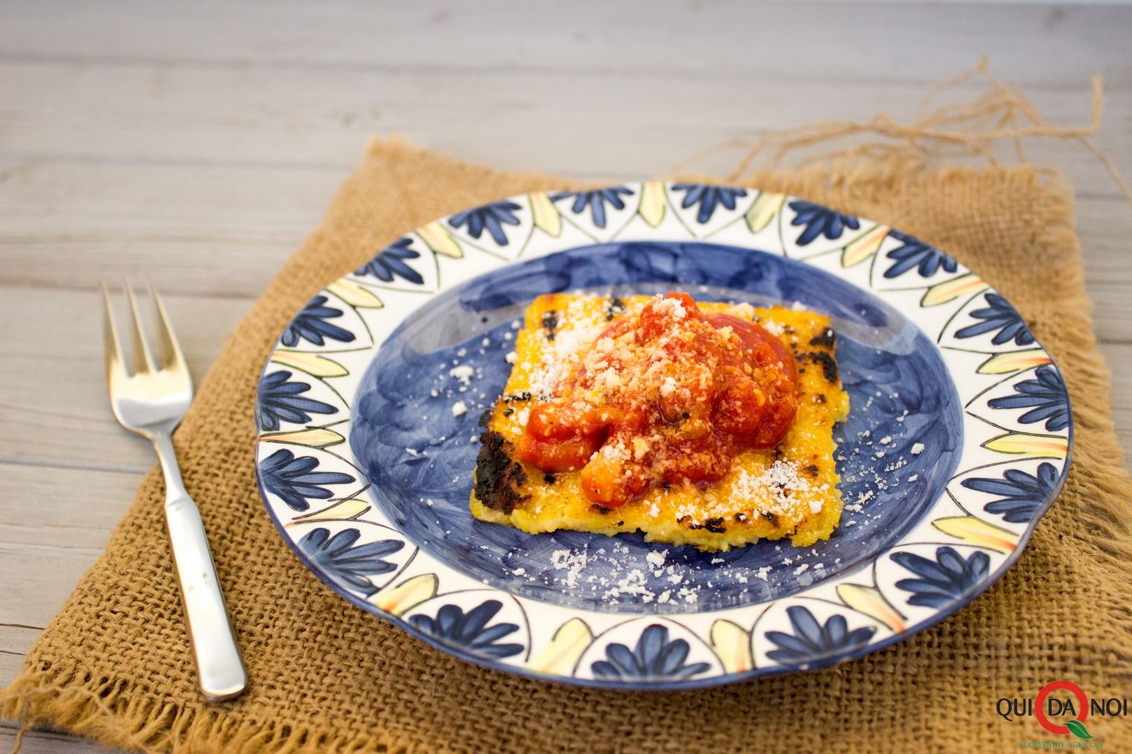 Crostini di polenta all'amatriciana