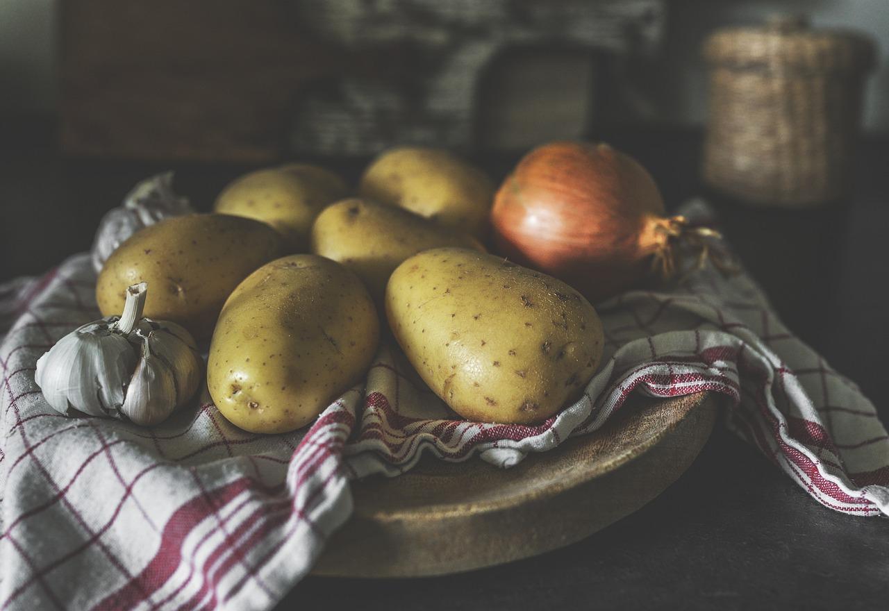 potatoes-4309679_1280