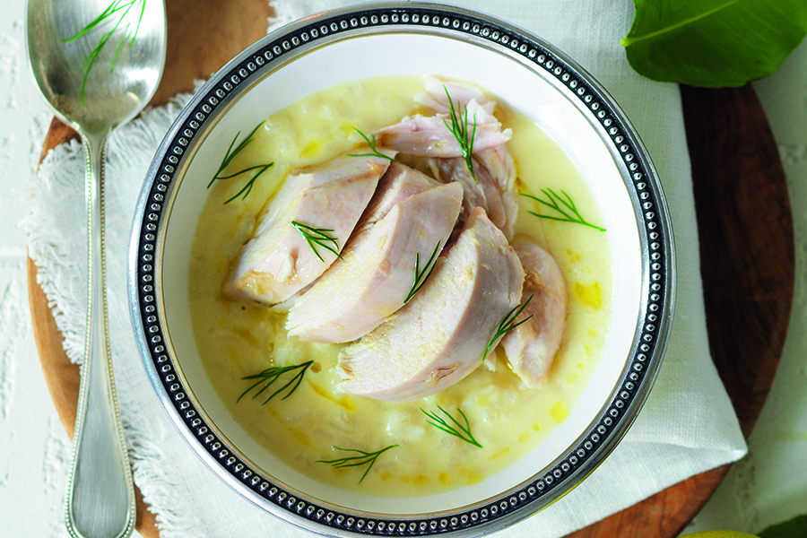 Foto credit: https://www.lacucinaitaliana.it/ricetta/primi/avgolemono-zuppa-di-uova-e-limone-da-cipro/?refresh_ce=