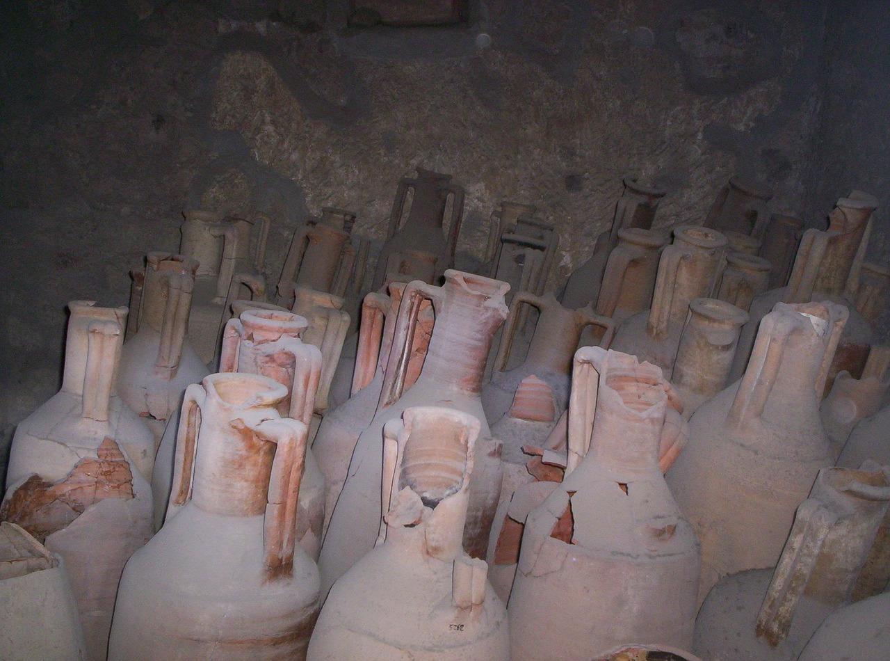 urns-227551_1280