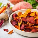 Chips di verdure: lo stuzzichino vegano perfetto per ogni occasione