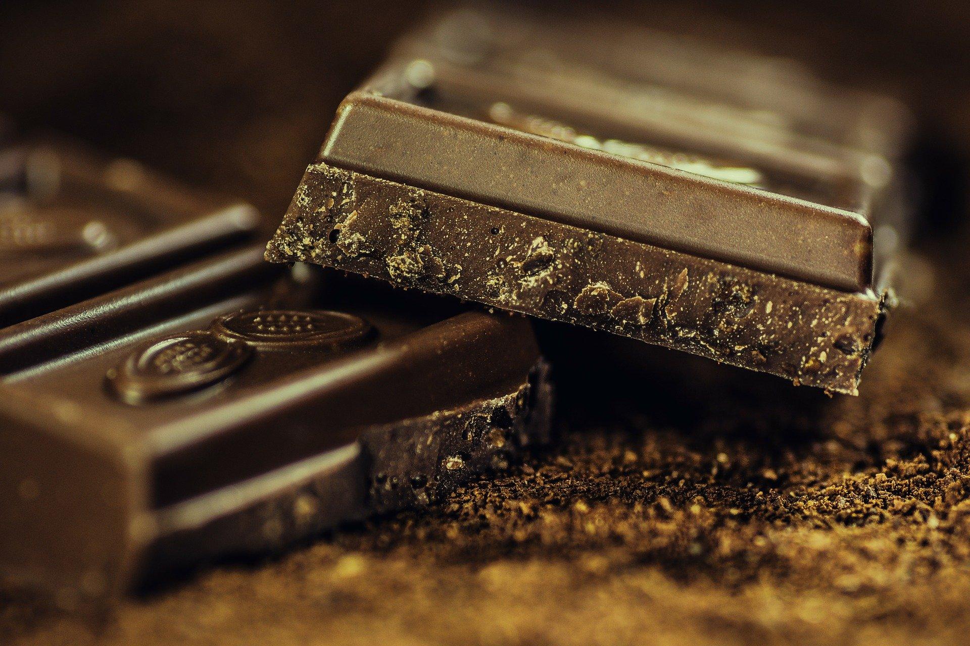 chocolate-183543_1920