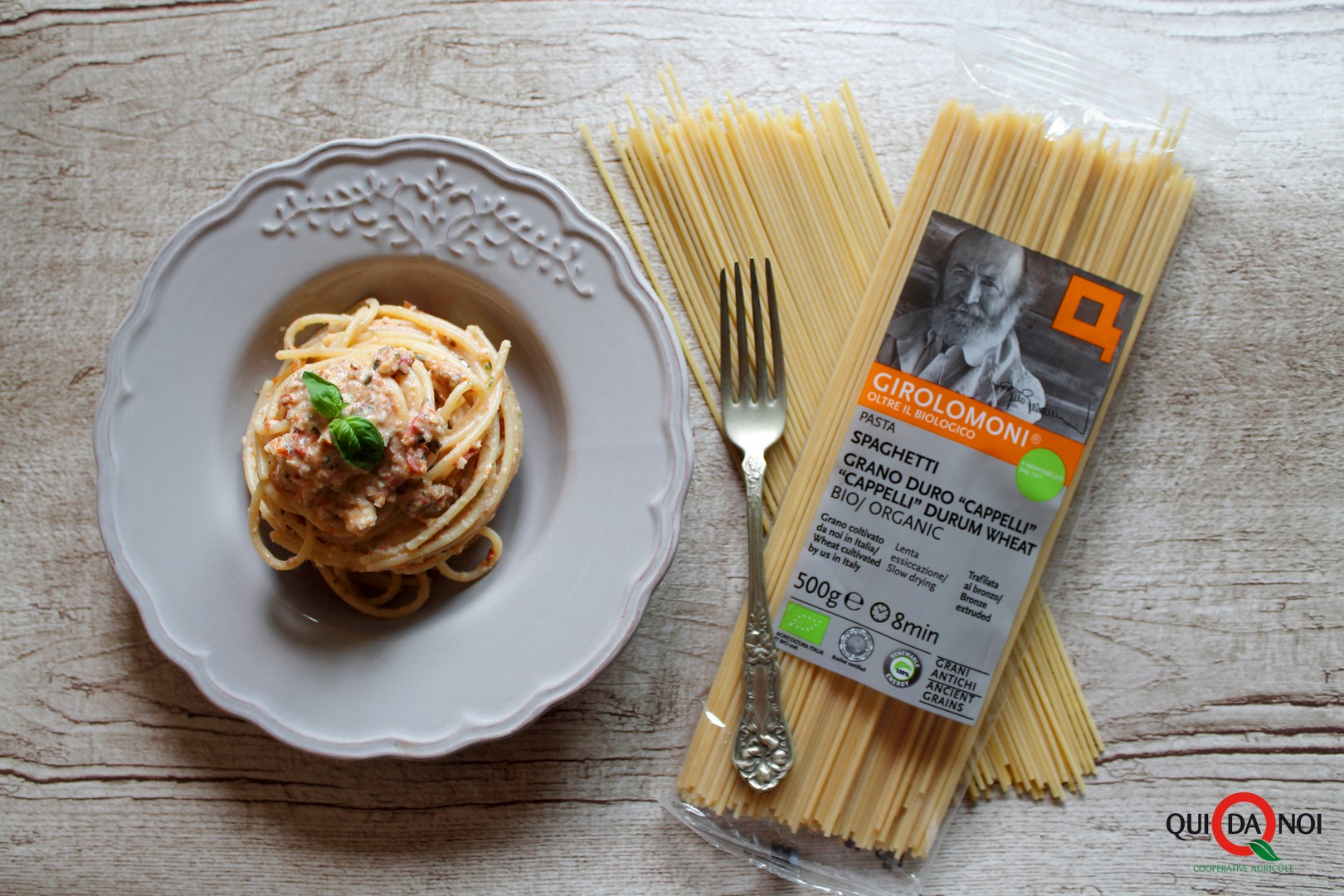 Spaghetti-Crema-Mandorle-Pomodori-Secchi_Uberti_IMG-5