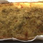 Torta salata con patate e scamorza