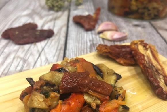 Contorno di verdure alla griglia e pomodori secchi Farris